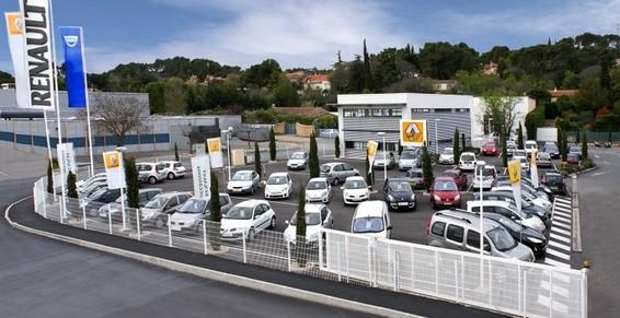 Renault en tête des ventes